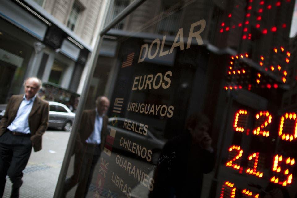 El Gobierno hizo en julio la mayor devaluación del peso en cuatro años