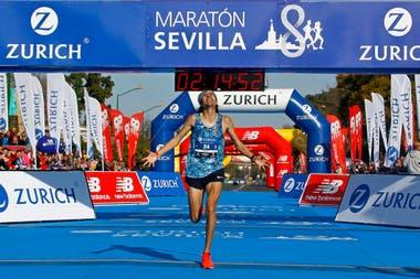 El bragadense Barzola logra en España, donde vive, lo que persiguió durante ocho años: completar una maratón en menos de 2 horas y 15 minutos.