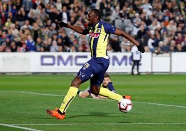 Después de su carrera atlética, Bolt incursionó en el fútbol