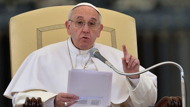 Francisco fue salpicado por el escándalo del Vatileaks II