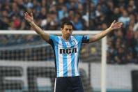Se retiró Diego Milito: con un gol, el ídolo de Racing dijo adiós en el triunfo contra Temperley