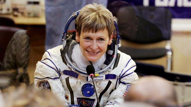 Peggy Whitson está hace 534 días en la Estación Espacial Internacional