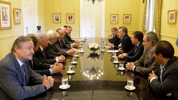 Mauricio Macri en la reunion con la UIA