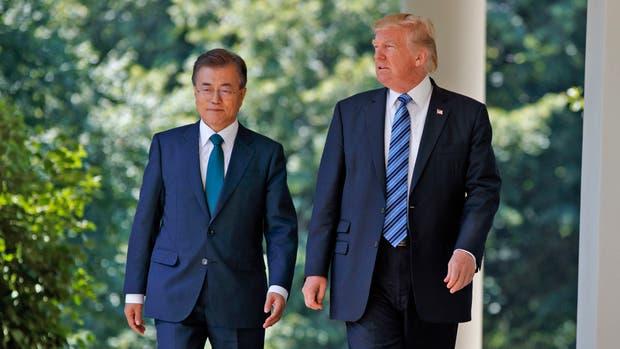 Donald Trump recibió al presidente de Corea del Sur, Moon Jae-in