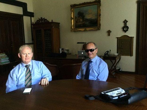 Rodolfo Masto (izq.) y Franco Lisi (der.) son el presidente y director científico del Instituto de Ciegos de Milán