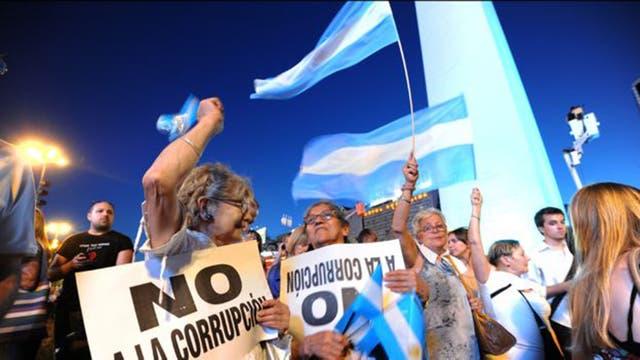 En Argentina las protestas son transversales. Mujeres y hombres, ricos y pobres, se hacen oír.