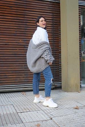 Sweater pop corn