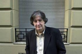 José Pablo Feinmann combinó en su novela la trama casi policial con la ideología