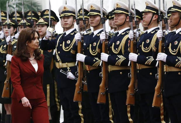 Cristina no pudo aprovechar su paso por China para mejorar su imagen internacional tras el caso Nisman