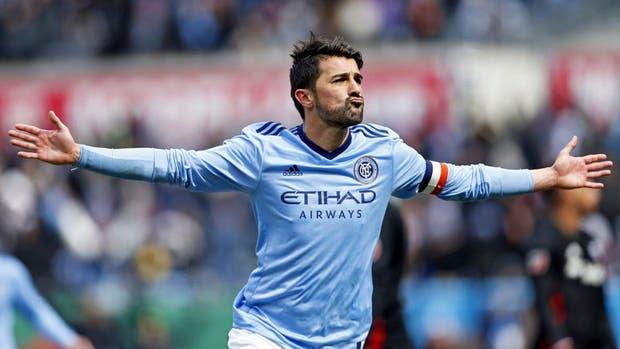 David Villa marcó un gol desde 50 metros