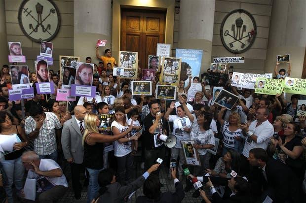 Los familiares de las 51 víctimas prometieron pelear para conseguir justicia