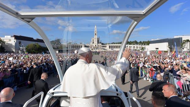 Vaticano aboga por elecciones en Venezuela