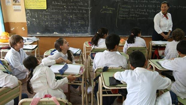 Según el INDEC cerca de 14 millones de personas son pobres