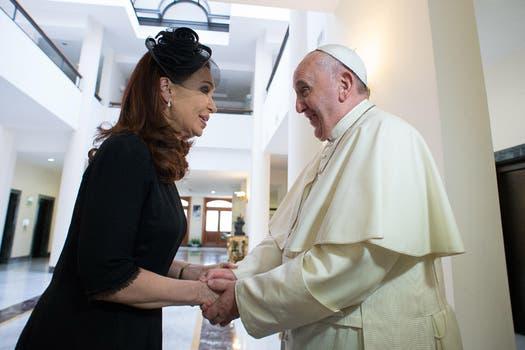 Es la tercera vez en el año que la Presidenta se reúne con el Papa. Foto: AP / L''''Osservatore Romano