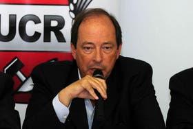 El titular del bloque de Senadores de la UCR, Ernesto Sanz.
