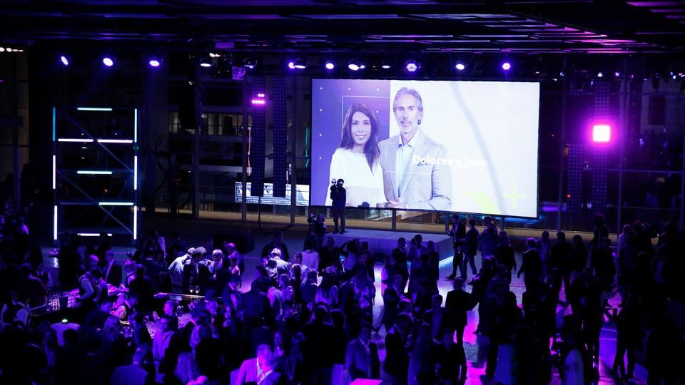Dolores Cahen D'Anvers y Juan Miceli, dos de los conductores de la nueva señal