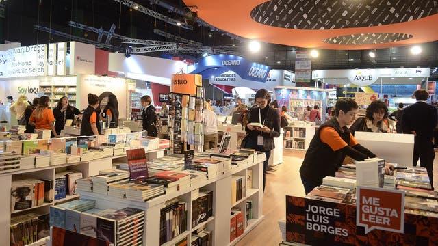 La producción de libros cayó un 25% en 2016 y se duplicaron las importaciones