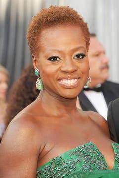 Viola Davis optó por un cambio y pasó por la peluquería. Foto: AFP