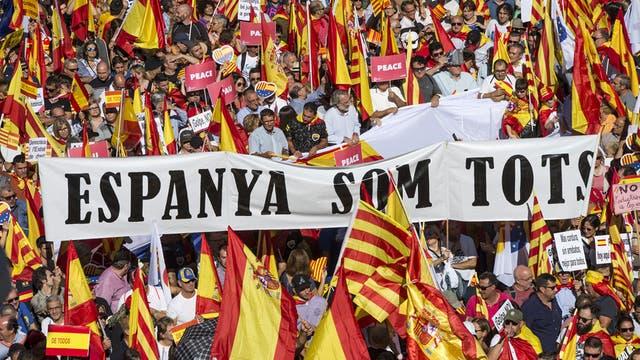 Mariano Rajoy cuenta con el respaldo de las dos principales fuerzas de oposición
