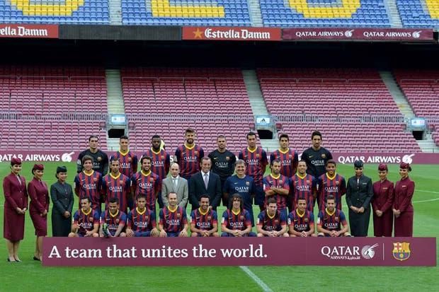 La foto del plantel de Barcelona, con sponsor nuevo