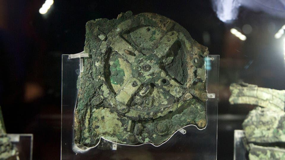 El mecanismo de Anticitera est� considerado como la primera computadora de la historia. Foto: AP