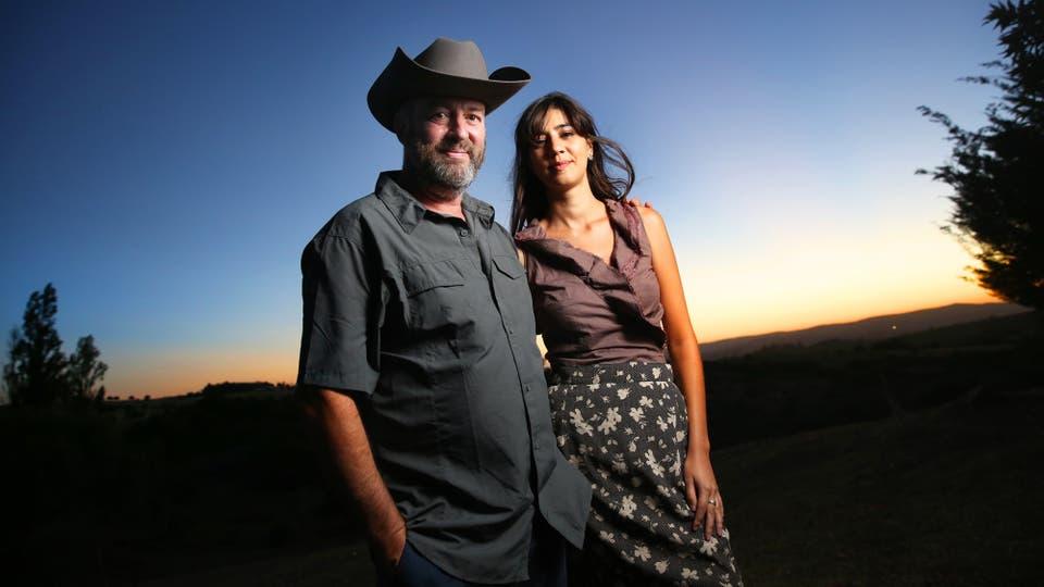 Fabio y Maira, en un atardecer campestre