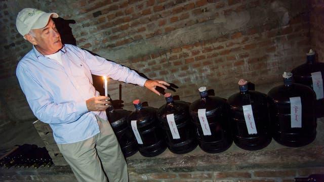 Ruben Tealdi, propietario de bodegas y viñedos La Paula, en Victoria, Entre Ríos. Foto: LA NACION / Marcelo Manera