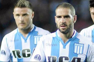 Lisandro López, todavía de escaso aporte a Racing en esta Superliga.