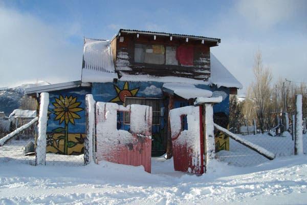 La sede de Petisos fue construida a metros del basural en la ciudad de Bariloche