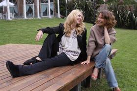 Esmeralda Mitre y Elena Roger, en Pinamar, en ocasión del preestreno de la película de Ariel Broitman