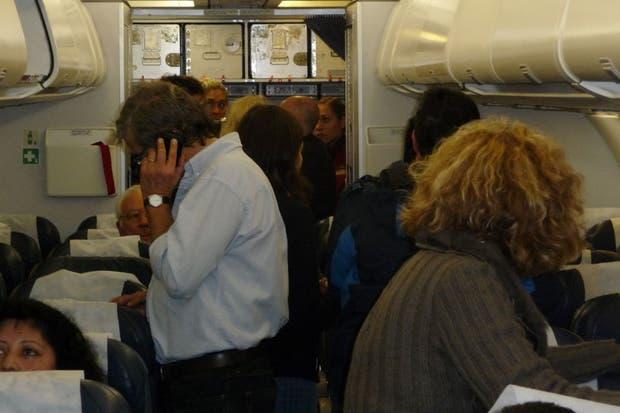 En el interior del avión, a la espera de poder salir