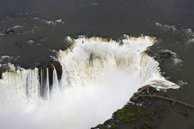 La joya del Parque Nacional Iguazú: el conjunto de 80 metros de la Garganta del Diablo