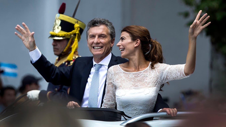 Macri recorrió las calles saludado por una multitud foto: LA NACION Aníbal Greco