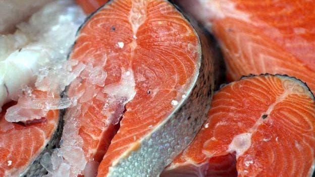 En Chile se crían tres especies de salmónidos: el salmón atlántico, el pacífico y la trucha arcoiris. Sin embargo, el salmón atlántico representa cerca del 70% de la producción
