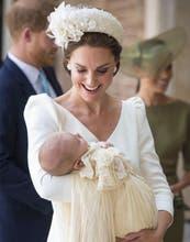 Kate Middleton: tres bautismos, el mismo look