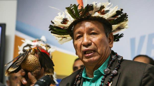 El gobernador indígena del estado Amazonas, Liborio Guarulla
