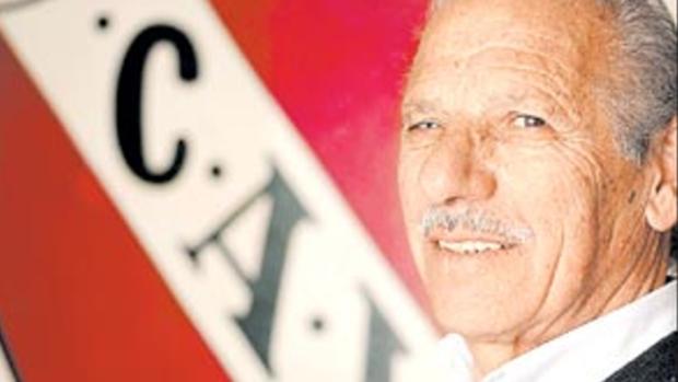 Murió Roberto Pipo Ferreiro una gloria de Independiente