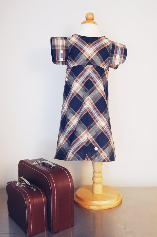 Cada prenda de Little Grey Line es única y permite atesorar y transmitir historias de padres a hijos a través de la ropa
