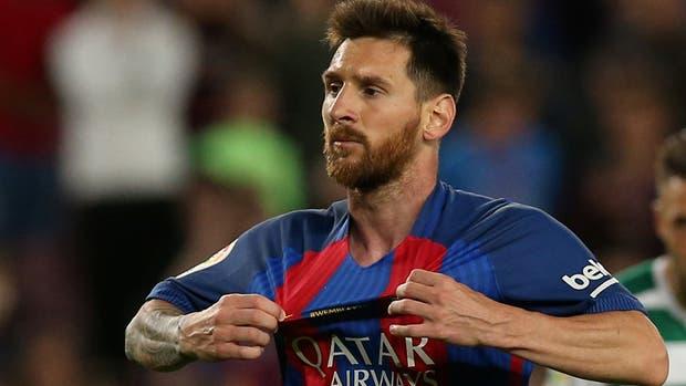 El argentino Lionel Messi seguirá en el Barcelona hasta el 2021
