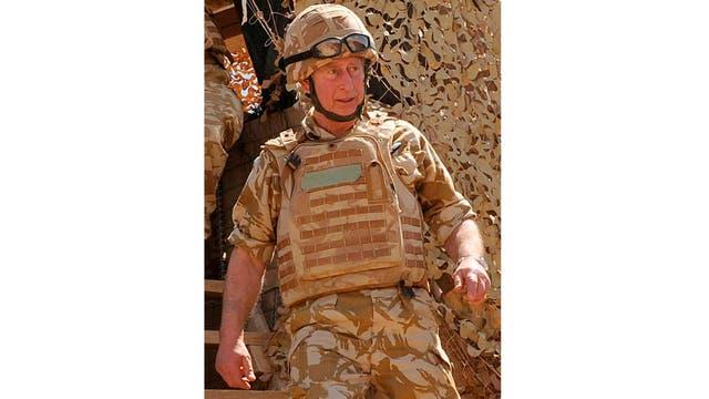 El príncipe llegó a Afganistán en una visita sorpresa el 24 de marzo y se reunió con soldados británicos sirviendo en la provincia sureña de Helmand