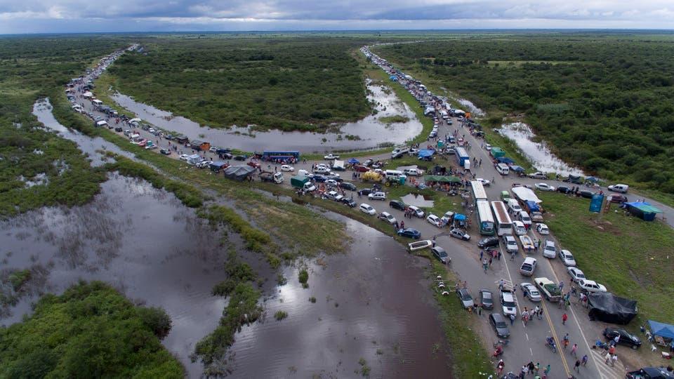 Las lluvias y el desborde de ríos dejaron más de 12.000 damnificados en Lamadrid, al sur de la provincia de Tucumán. Foto: LA NACION / Fernando Font
