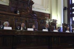 Sin Eugenio Zaffaroni, arrancó la segunda audiencia pública por la ley de medios en la Corte Suprema.