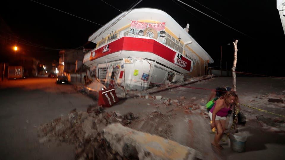 El terremoto ocurrió a las 13:14 locales (15:14 hora argentina) de ayer. Foto: AP