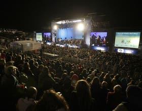 Una multitud disfrutó de la 11a gala solidaria de Zurich