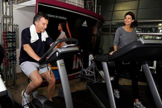 El jefe de gobierno porteño y su esposa realizan ejercicios aeróbicos. Foto: lanacion.com / Gentileza Prensa Pro