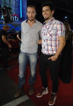 Los galanes van llegando... Luciano Cáceres y Marco Antonio Caponi, una dupla que divirtió..