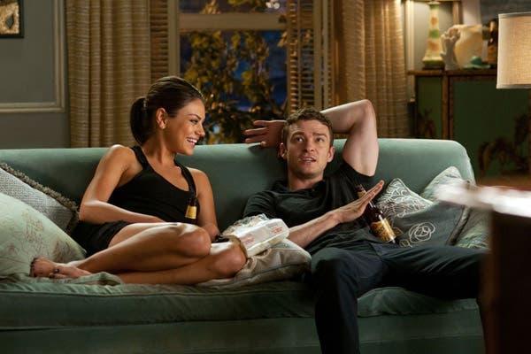 Kunis y Timberlake rompieron el límite de la amistad, en Amigos con beneficios