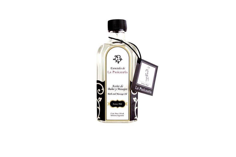 Aceite de baño y masajes de avena y miel. Puro y agradable, con una nota delicada de avena y toda la dulzura de la miel ($115, La Pasionaria).