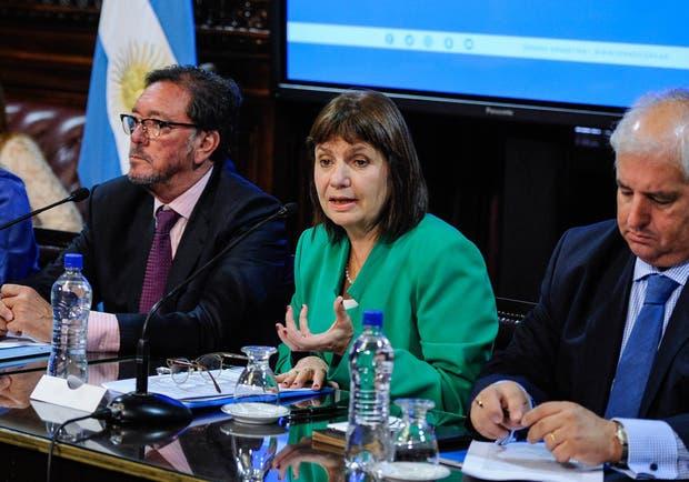 La ministra Patricia Bullrich, ayer, en el Senado