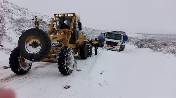 Muchos camiones llevan varios días varados